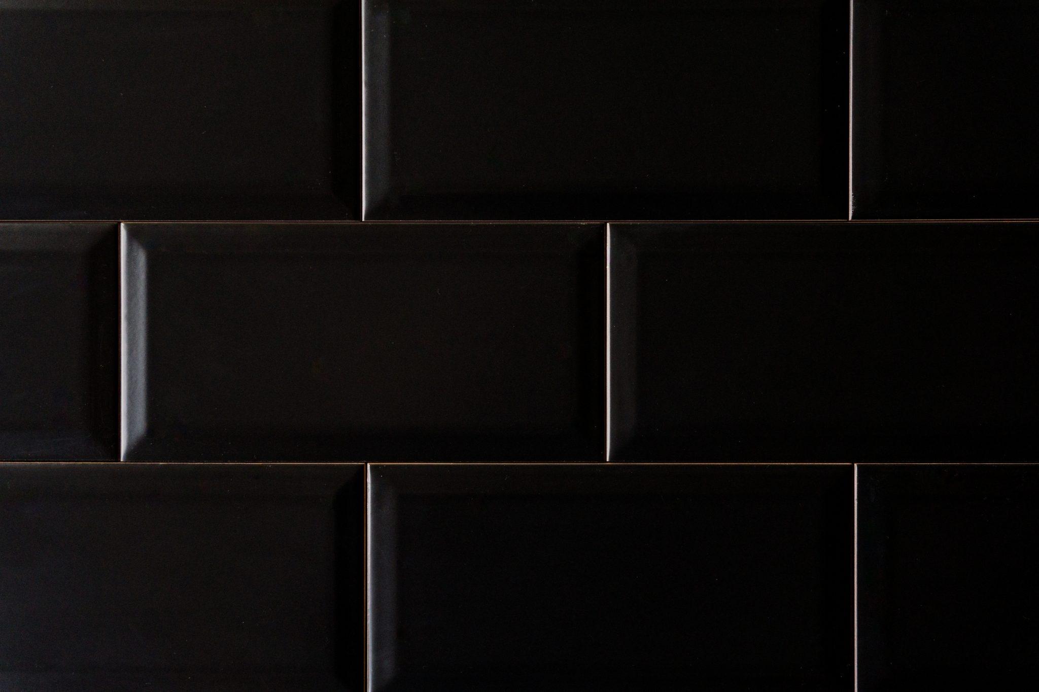 Metro Fliese schwarz matt 10x20 Fliesen